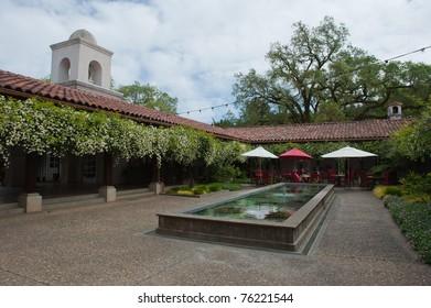 Courtyard patio at Michel-Schlumberger