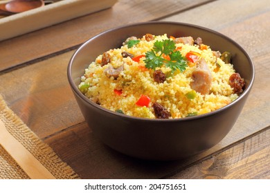 Couscous with lamb, vegetables and raisins