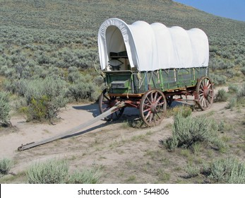 Covered Wagon on Oregon Trail
