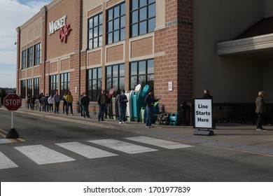 Covid-19, long line of people forced to wait to enter food store in suburban Philadelphia, PA, April 11, 2020