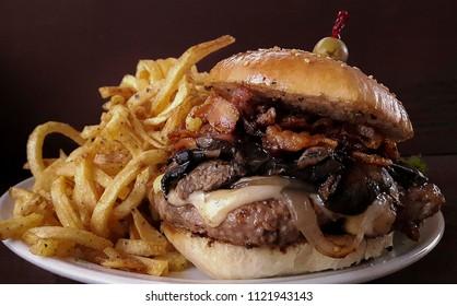 Cowboy Bacon Mushroom Gouda Burger