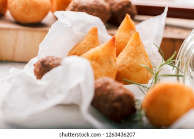 Coxinha - Petisco - Kibe . Delicious Brazilian snacks