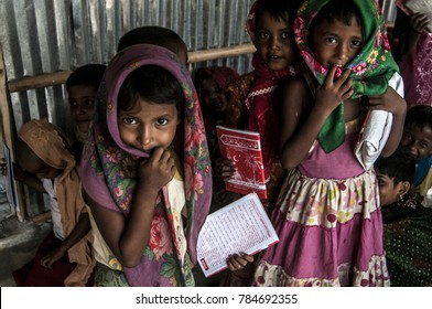 Coxs Bazar, Bangladesh : Rohingya refugees at Bangladesh Camp