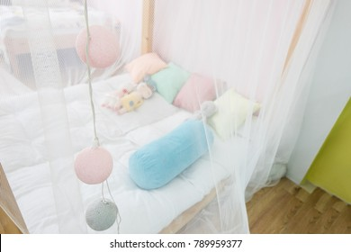 cozy baby baby mattress with mosquito net