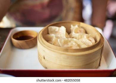 Crab dumplings