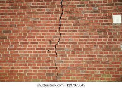 crack in the masonry
