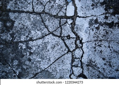 Crack pattern of concrete floor