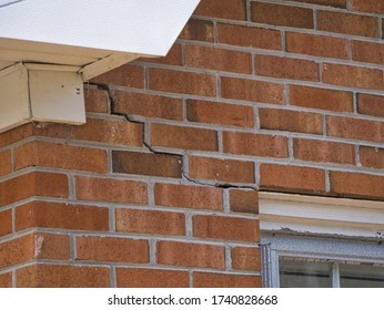 Cracked Brick Foundation, house settling causing bricks crack