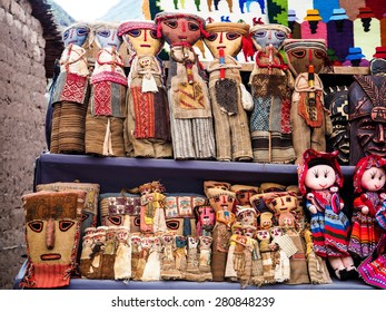 Craft wood handmade of Peru local products from Pisa Market