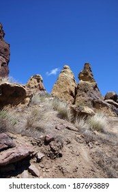 Craggy rhyolite ridge along the Crooked River at Smith Rock State Park, Central Oregon