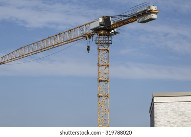 Cran on a construction site
