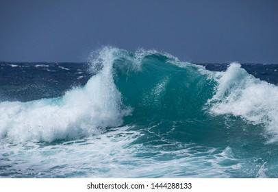 Crashing waves at Shete Boka National park, curacao