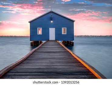 Crawley edge boatshed, Perth sunrise