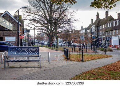CRAWLEY, WEST SUSSEX/UK - NOVEMBER 21 : Street scene in Crawley West Sussex on November 21, 2018. Unidentified people