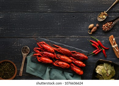 Crayfish and condiments