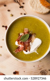 cream soup with bacon