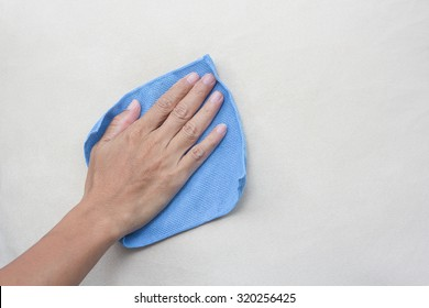 Creamy fabric cleaning with a Microfiber Cloth, Cleaning Sofa fabric,Cleaning service