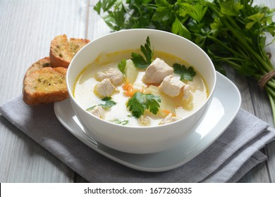 Creamy soup with chicken and vegetables