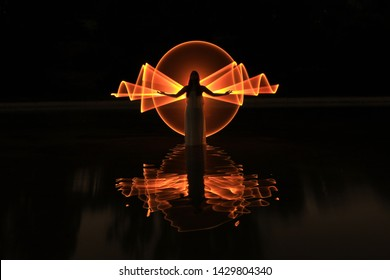 Creative Light Painting With Color and Tube Lighting
