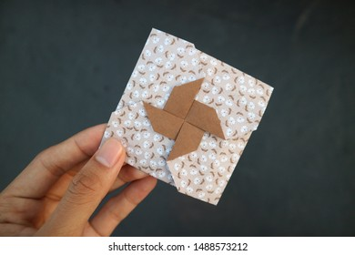 Creative origami envelope for gift