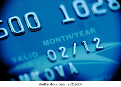 Credit card macro in blue with wignette