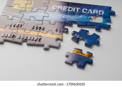 Credit card on jigsaw puzzle for Online shopping concept