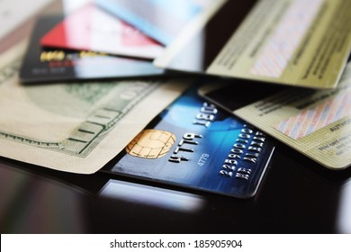 Credit cards and banknote