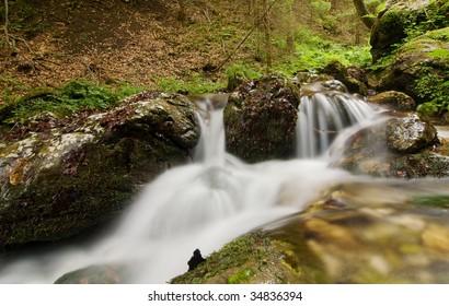 Creek in detail - long exposure