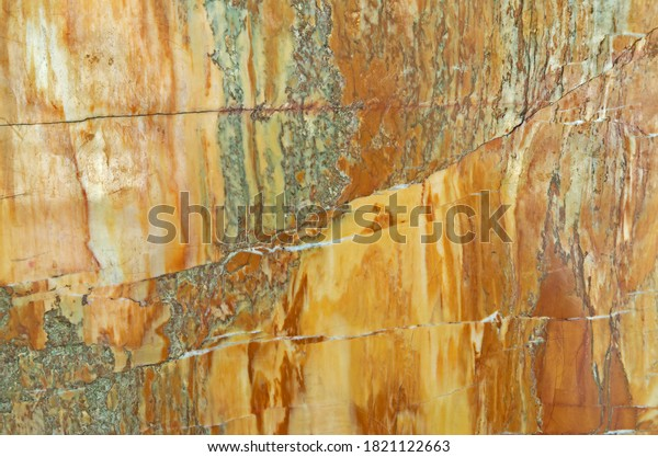 creole-marble-closeup-photo-natural-600w