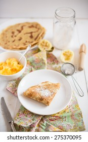crepes with lemon curd