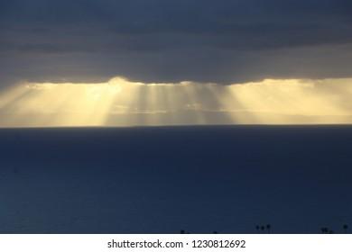Crepuscular Pacific light
