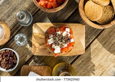 Crete diet food