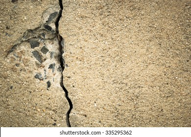 Crevice of concrete Caused by the Spanish cigar humidor and the unhealthy condition of the concrete of the concrete.