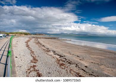 Criccieth beach, Gwynedd, Wales, UK. Criccieth is a town and community on Cardigan Bay, in the Eifionydd area of Gwynedd in Wales.