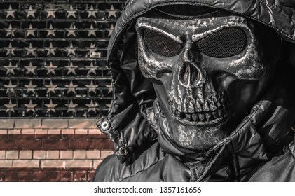 Crime America. Street gangs in the modern world