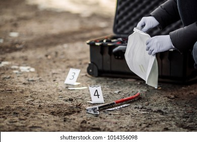 Crime scene investigation - collecting evidence