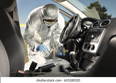 Crime scene investigation - collecting of odor traces from car seat