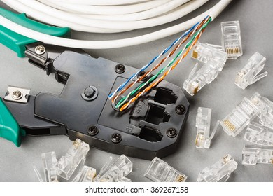 Crimper, network cable and connectors