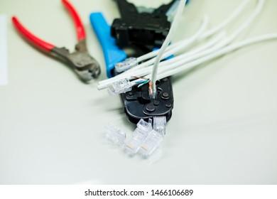 Imágenes, fotos de stock y vectores sobre Cable Pair ... on