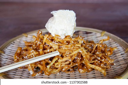 Crispy honey noodles with ice cream