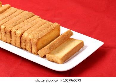 crispy rusk, cake rusk