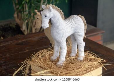 Keychain crochet horse   280x390
