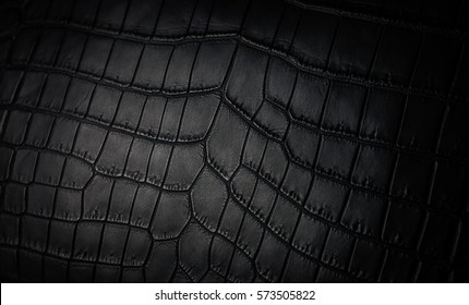 crocodile skin black matt