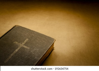 CROSS BOOK, BIBLE