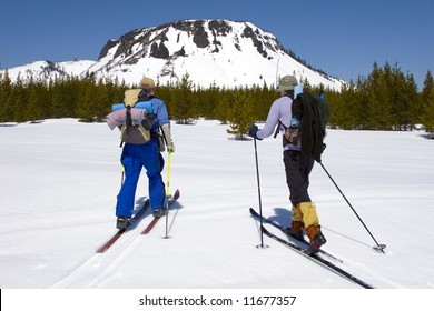 Cross country skiers in the Cascade mountains of Oregon