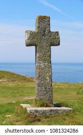 Cross of Saint Samson chapel near the sea in Landunvez
