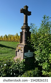 Cross standing in vineyard at german shore of lake Bodensee near Hagnau Immenstadt. DE Germany. 15th Oct.2019