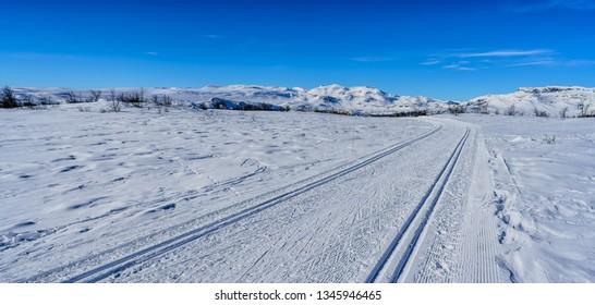 Crosscountry ski tracks on Jotunheimen, Norway