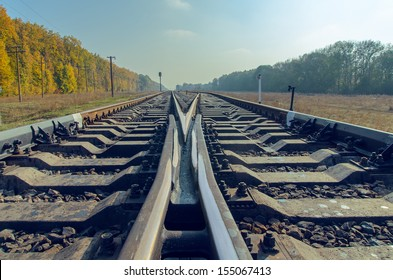 crossing of two railroad to horizon