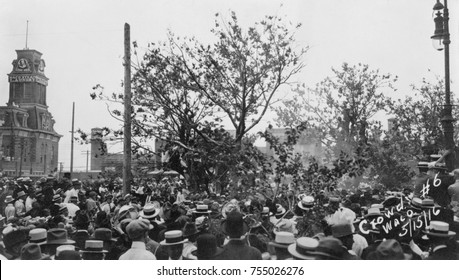Crowd of people gathered to watch the lynching of Jesse Washington, Waco, Texas, May 15, 1916. Immediately after his quick confession based conviction, Washington was castrated and then slowly burned
